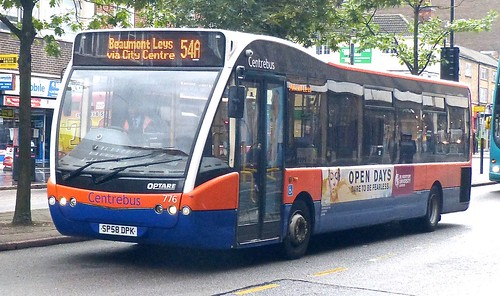 SP58 DPK 'Centrebus' No. 776. Optare Versa V1110 on 'Dennis Basford's railsroadsrunways.blogspot.co.uk'