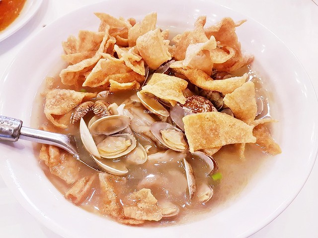 Signature Crispy LaLa Clam Hor Fun