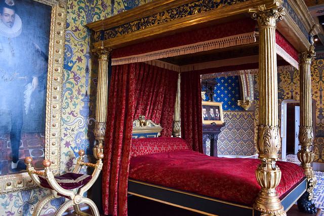Kings Bedchamber at Château de Blois #loire #france #chateau #travel