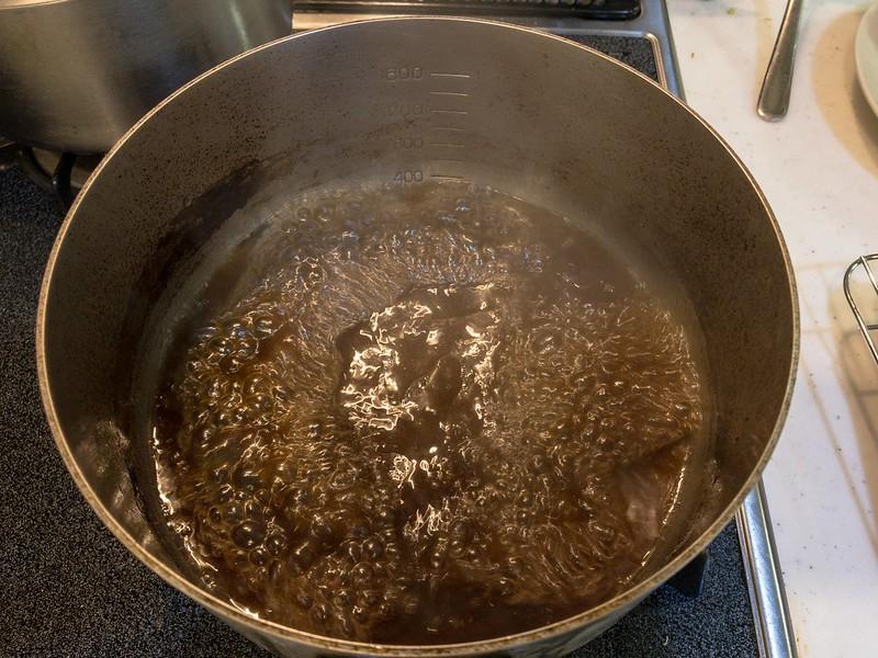 スペアリブのコーラ煮 煮込み