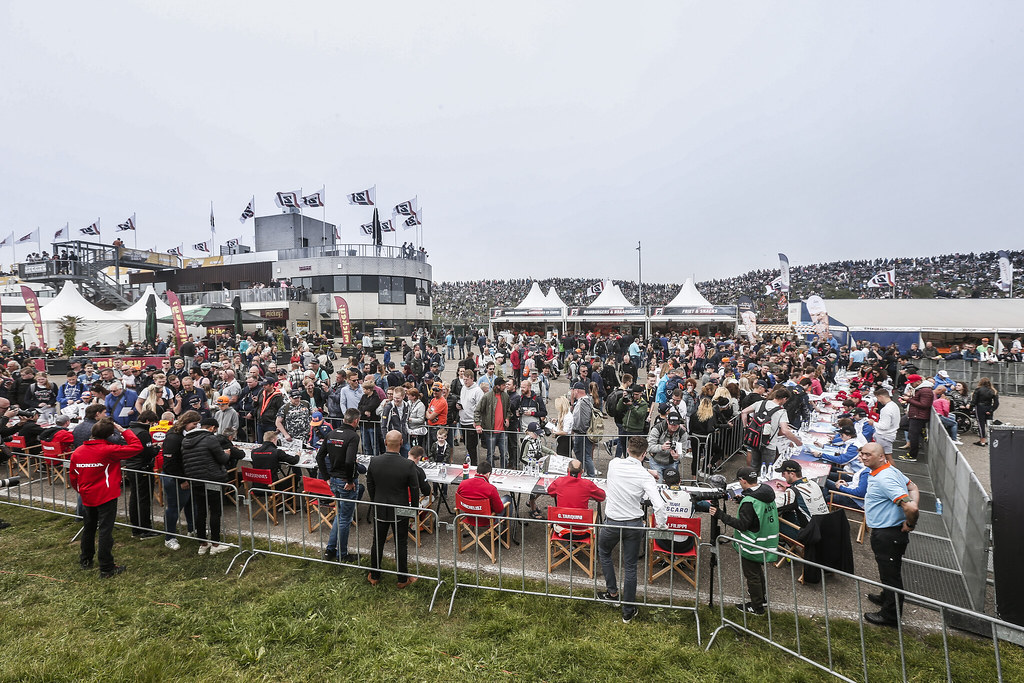AUTOGRAPH SESSION ambiance during the 2018 FIA WTCR World Touring Car cup of Zandvoort, Netherlands from May 19 to 21 - Photo Jean Michel Le Meur / DPPI