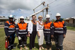 Foreign Minister Bishop and Minister for International Dev and the Pacific Concetta Fierravanti-Wells meet female electric line workers