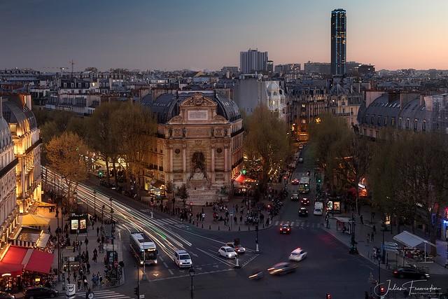 Place Saint-Michel & Tour Montparnasse, Paris