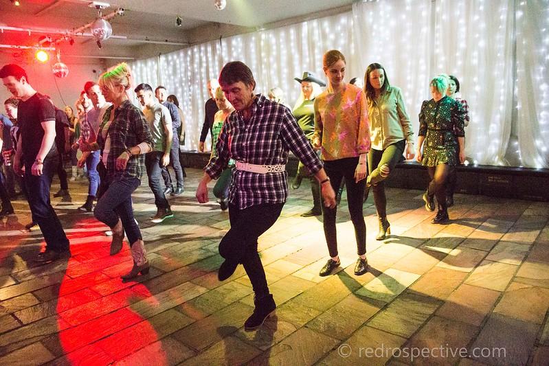 Line Dancing-3839