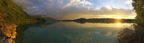 Aiguebelette lake sunset panorama 2