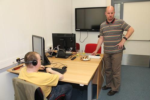 Podnikání bez zraku II, vpravo lektor Láďa Kubeček