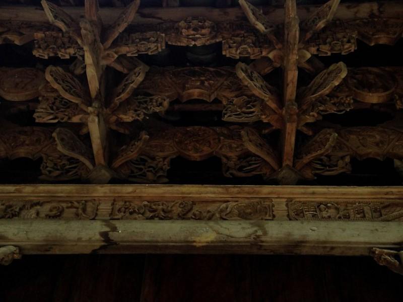 サフィン(Sa Phin)のマーケットとモン族王の館, 17