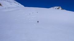Nasz ślady po zjeździe lodowcem Vadretta di Fellaria.