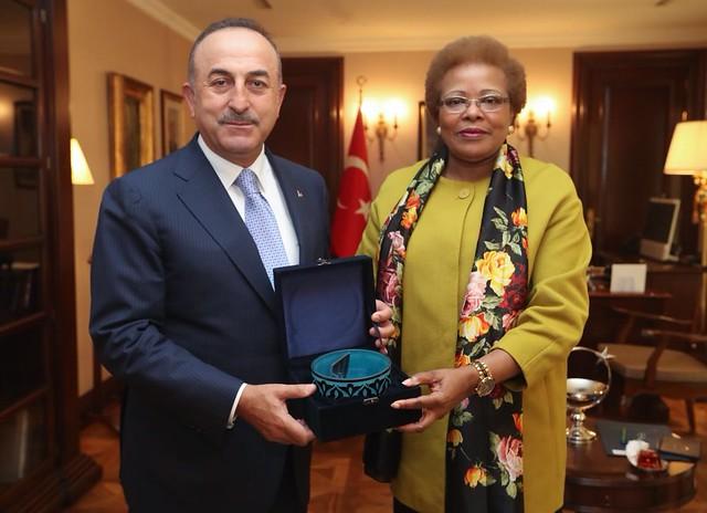 18.04.Secretária Executiva realizou visita oficial à Turquia