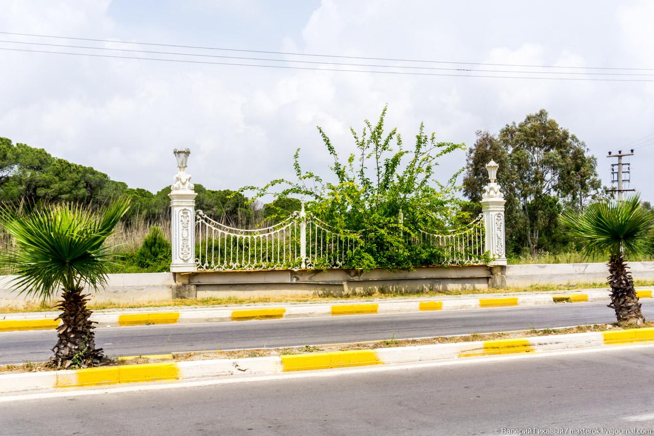 """""""Mardan Palace"""": Самый дорогой отель в мире заброшен"""