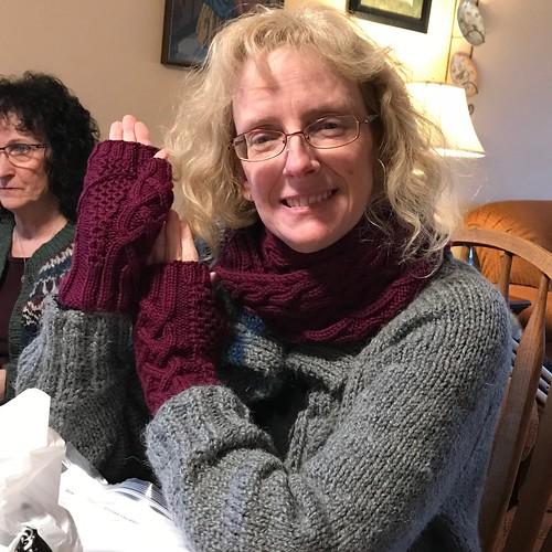 Linda's Celtic Honey and fingerless gloves
