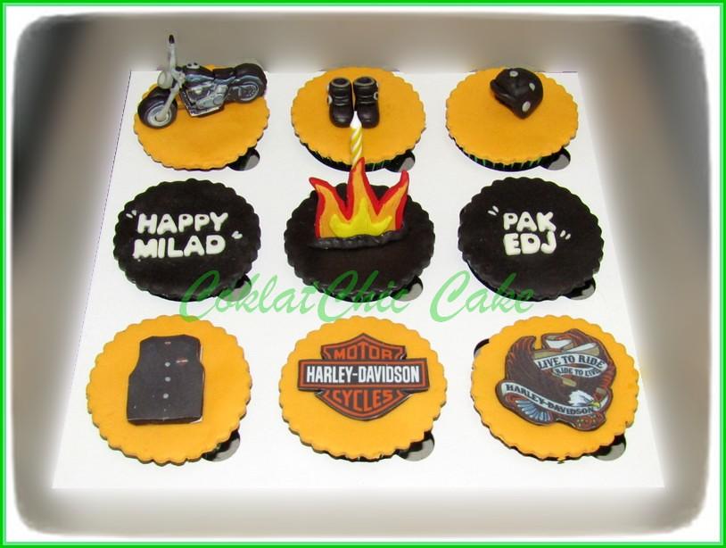 Cupcake Set Harley Davidson