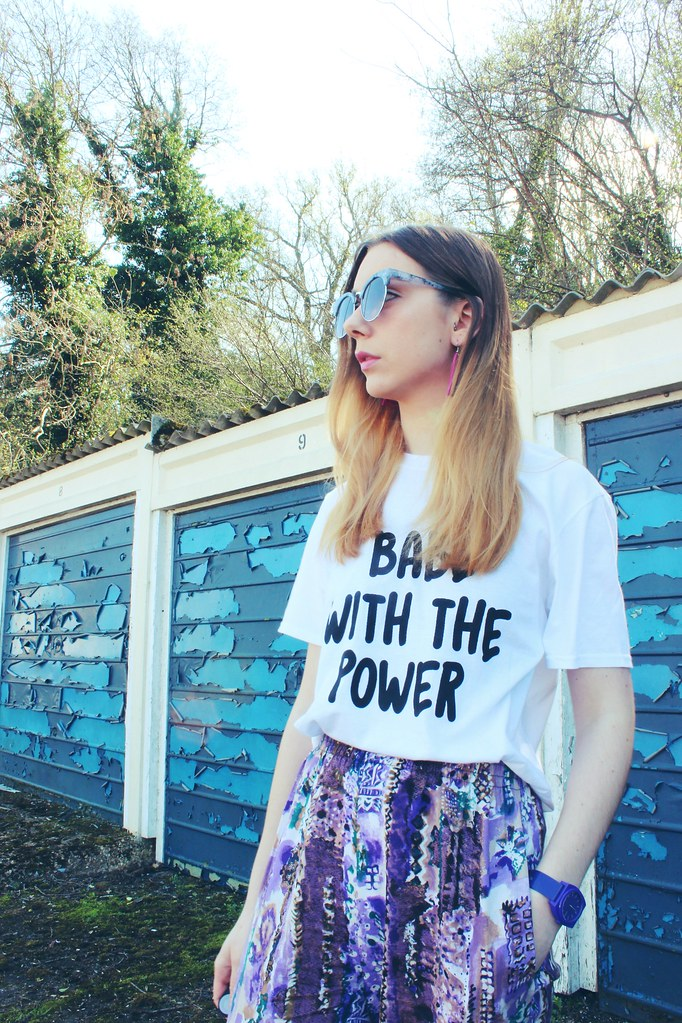 Babe with the power tshirt Nastygal and Vintage trousers 2
