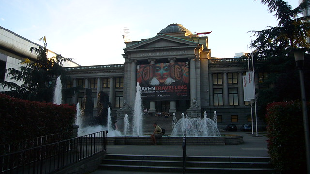 Vancouver Art Gallery by CC user kentwang on Flickr