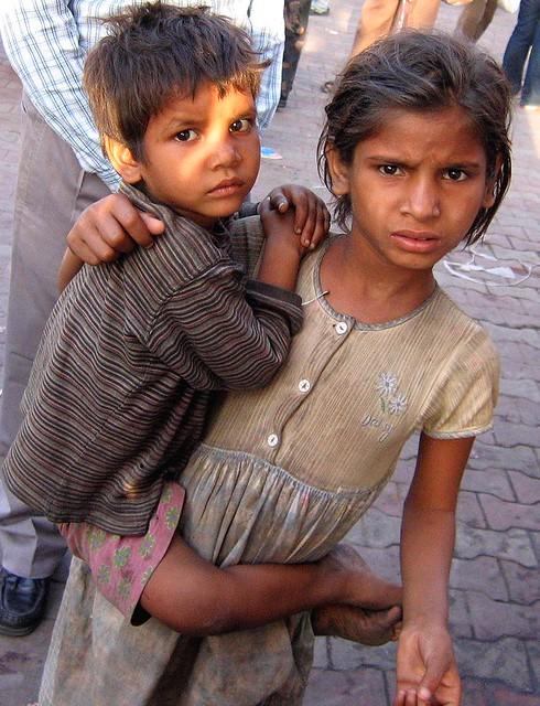 Children Begging, Sarojini Market