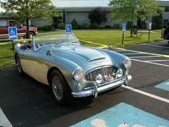 aston martin db2(0.0), aston martin db5(0.0), ac ace(0.0), supercar(0.0), race car(1.0), automobile(1.0), vehicle(1.0), automotive design(1.0), austin-healey 100(1.0), austin-healey 3000(1.0), antique car(1.0), classic car(1.0), vintage car(1.0), land vehicle(1.0), coupã©(1.0), sports car(1.0),