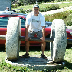 playground(0.0), weight training(1.0), wheel(1.0), strongman(1.0), sculpture(1.0), physical fitness(1.0),