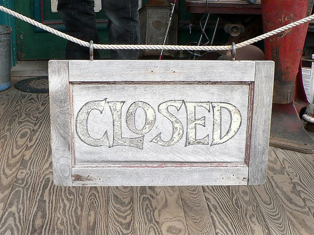 Closed, by dvs