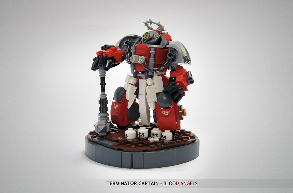 Blood Angels Captain In Terminator Armour: angles