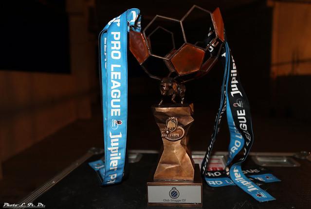 Aankomst spelersbus Brugge # KAMP15EN