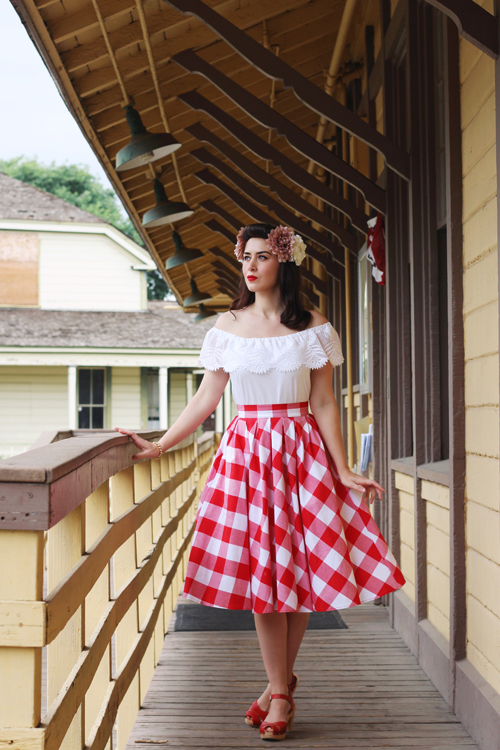 Retrolicious Madison Skirt in Large Gingham Target A New Day Off the Shoulder Short Sleeve Lace Top