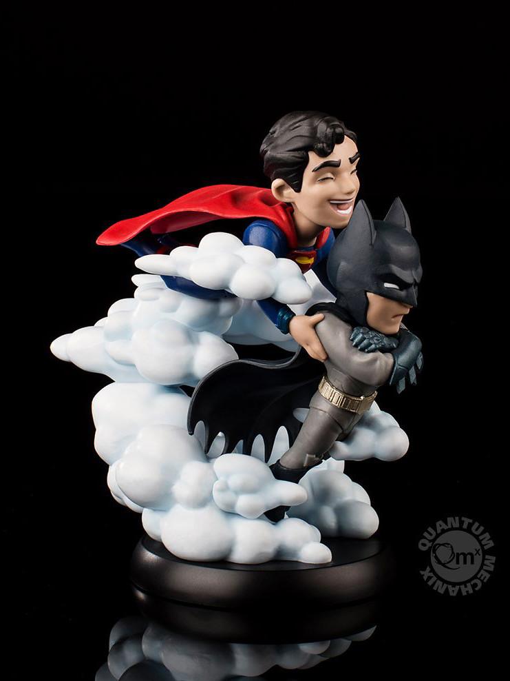 好可愛的一對雲端情人~~ Quantum Mechanix Q-Fig 系列 DC Comics【世界最佳搭擋英雄 蝙蝠俠與超人】World's Finest Batman and Superman Q-Fig Max
