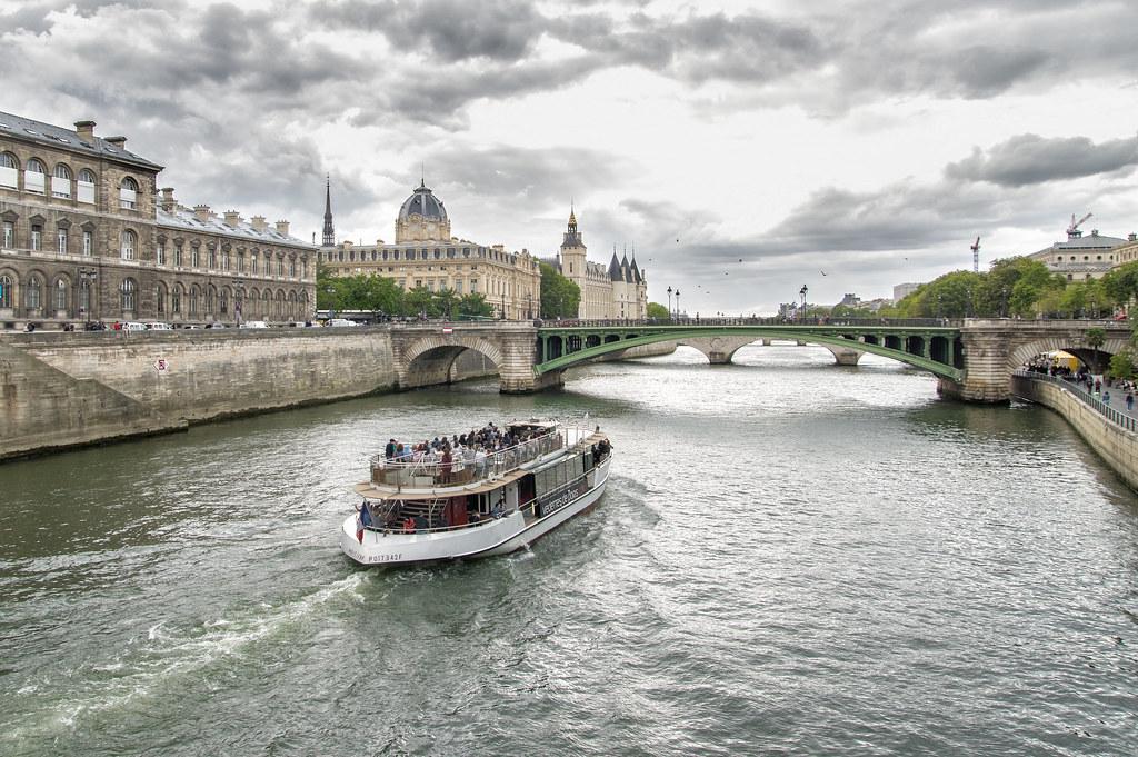 Balade sur Paris 41726238932_8609045518_b