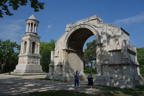 Les Antiques - l'Arc de Triomphe et le Mausolée des Jules -  Saint Rémy de Provence, France