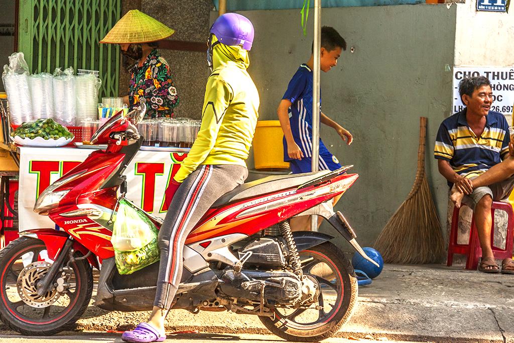 District 6 street scene on 5-2-18--Saigon