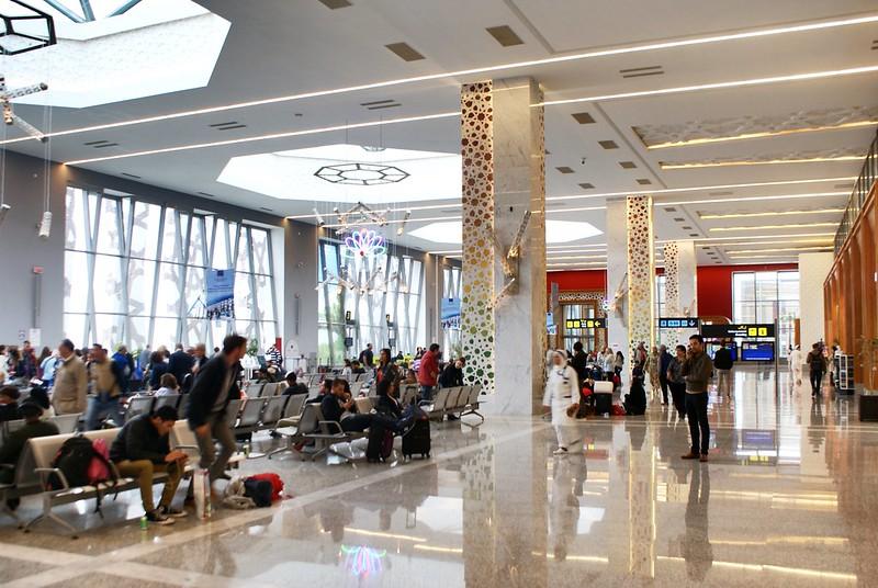 Dans l'aéroport international de Fès au Maroc : Beau et moderne.