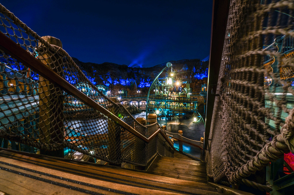 Mysterious Island night from stairs TDS