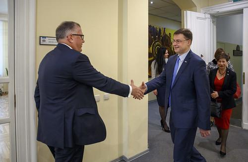 A.Ašeradena tikšanās ar EK priekšsēdētāja vietnieku Valdi Dombrovski