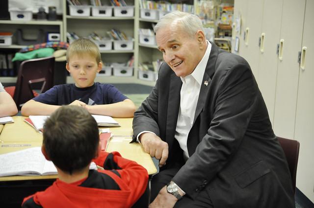 Gov. Dayton Visits Parkview Elementary