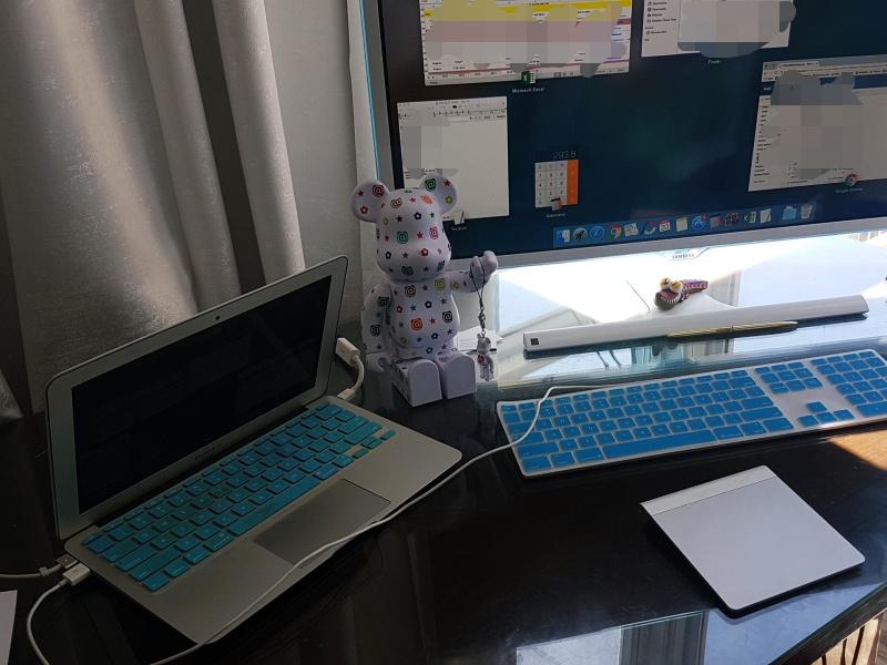 leftbanked desk