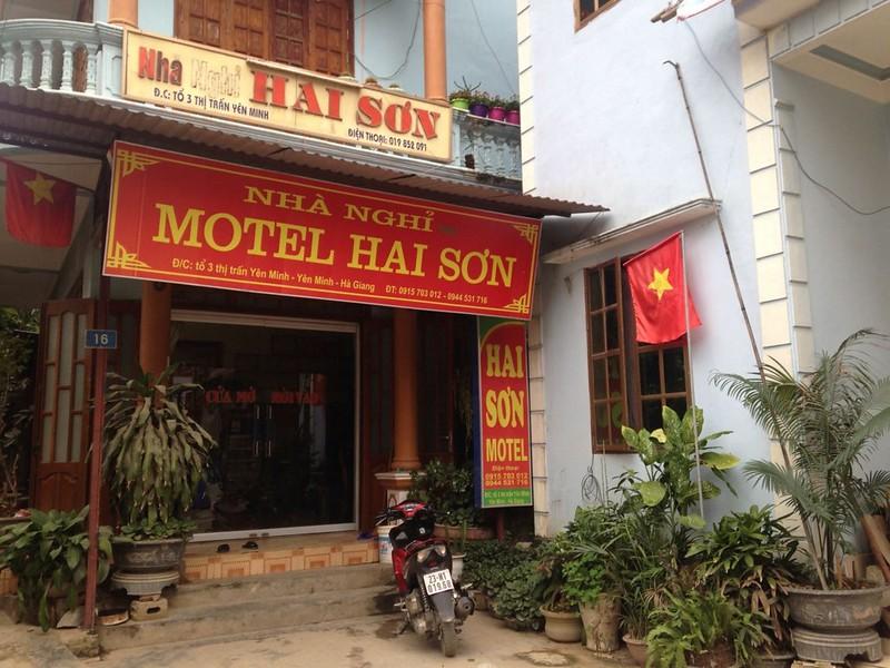 MOTEL HAI SON
