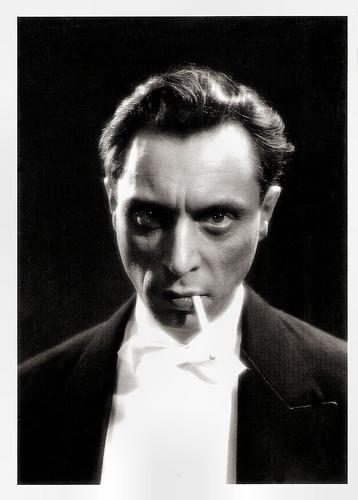 Louis Jouvet in Les bas-fonds (1936)