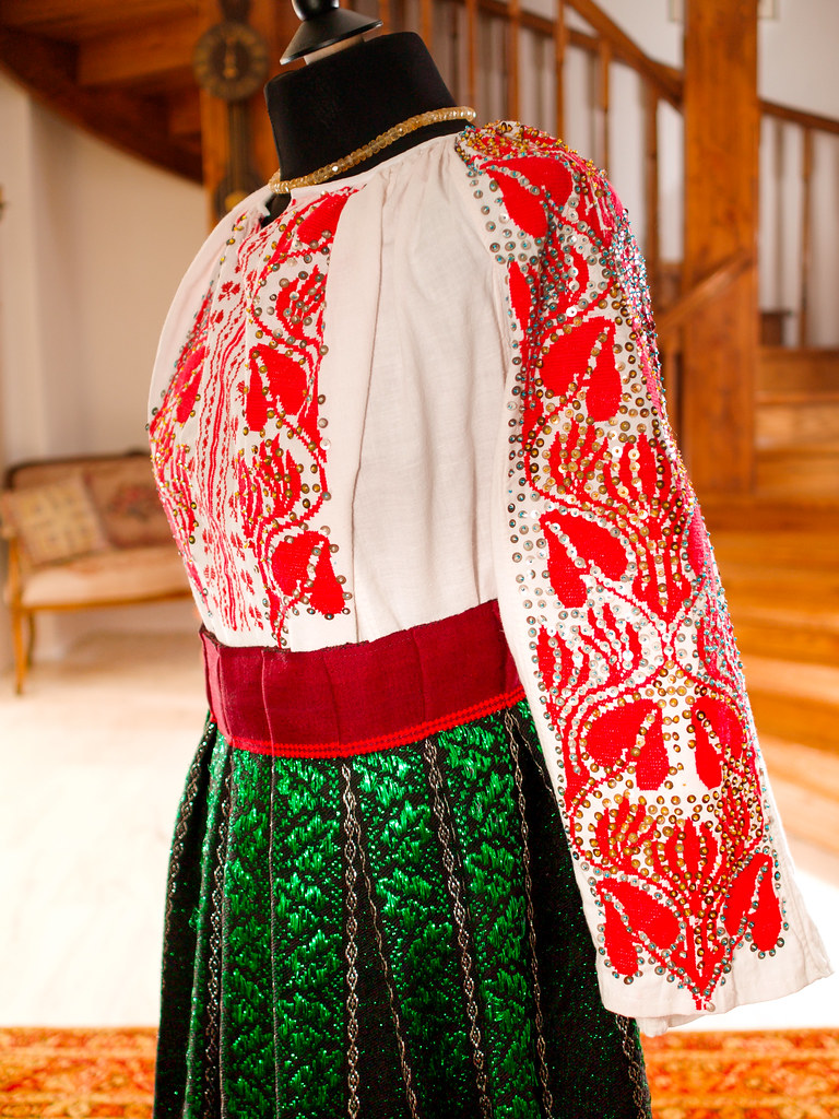 A traditional Romanian blouse