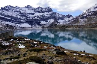 Lake of the magic mountain