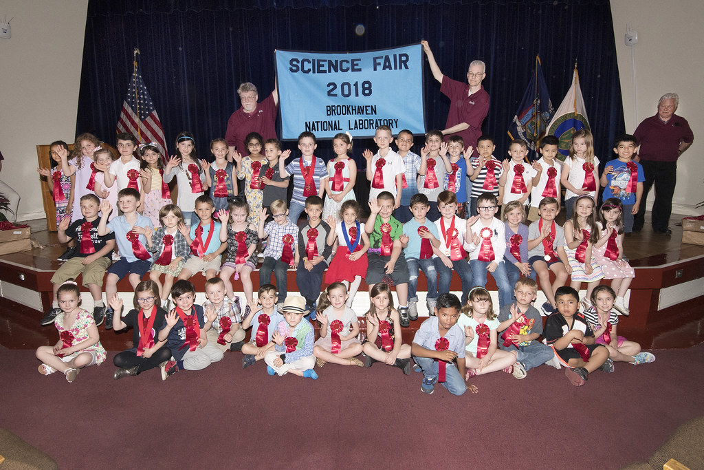 From 'Music Moves the Heart' to 'The Hand Drying Debate': Winning Projects at Brookhaven Lab's 2018 Elementary School Science Fair