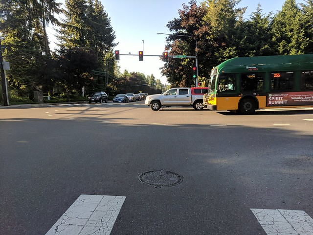 Diary of a Commute Bike: Stoplight at 132nd and 100th