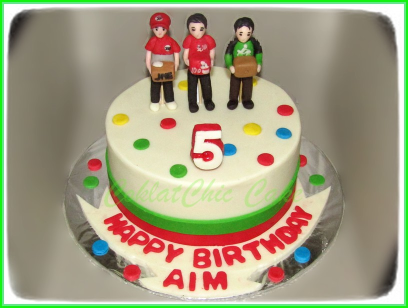 Cake delivery man AIM 15 cm