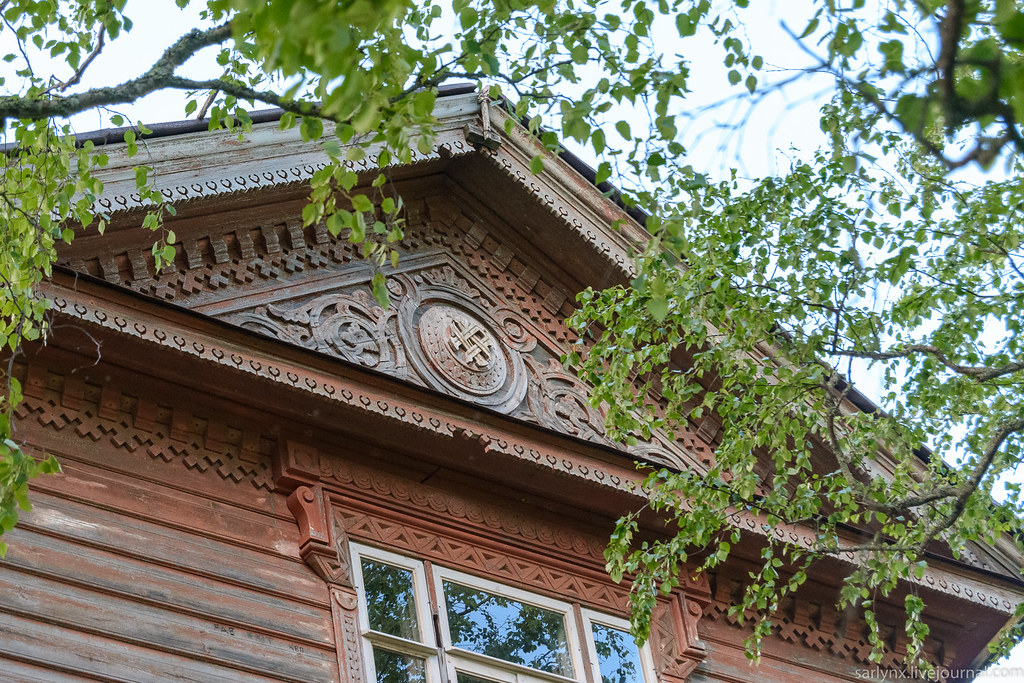 Village Field.Wooden modern and carved motifs of the village, Ivan, which, the building, Maksimovich, which, Maksimovic, now, see, only, Ivanovich, means, Maksimovich, Ivan, rich, once, VKontakte, home, part, more