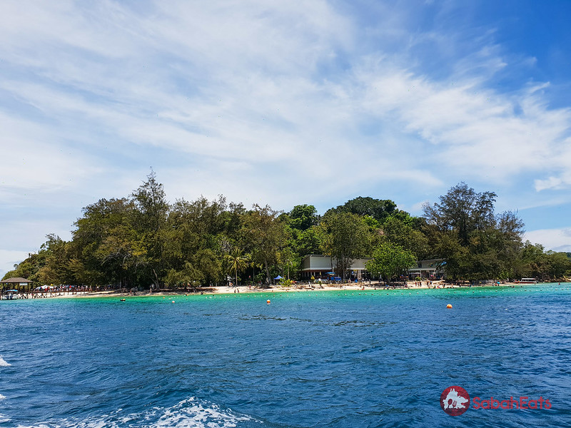 Celebrate with queen at Shangri-La's Tanjung Aru Resort & Spa