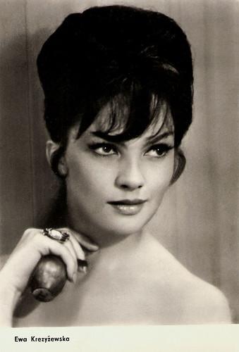 Ewa Krzyzewska in Zbrodniarz i panna (1963)