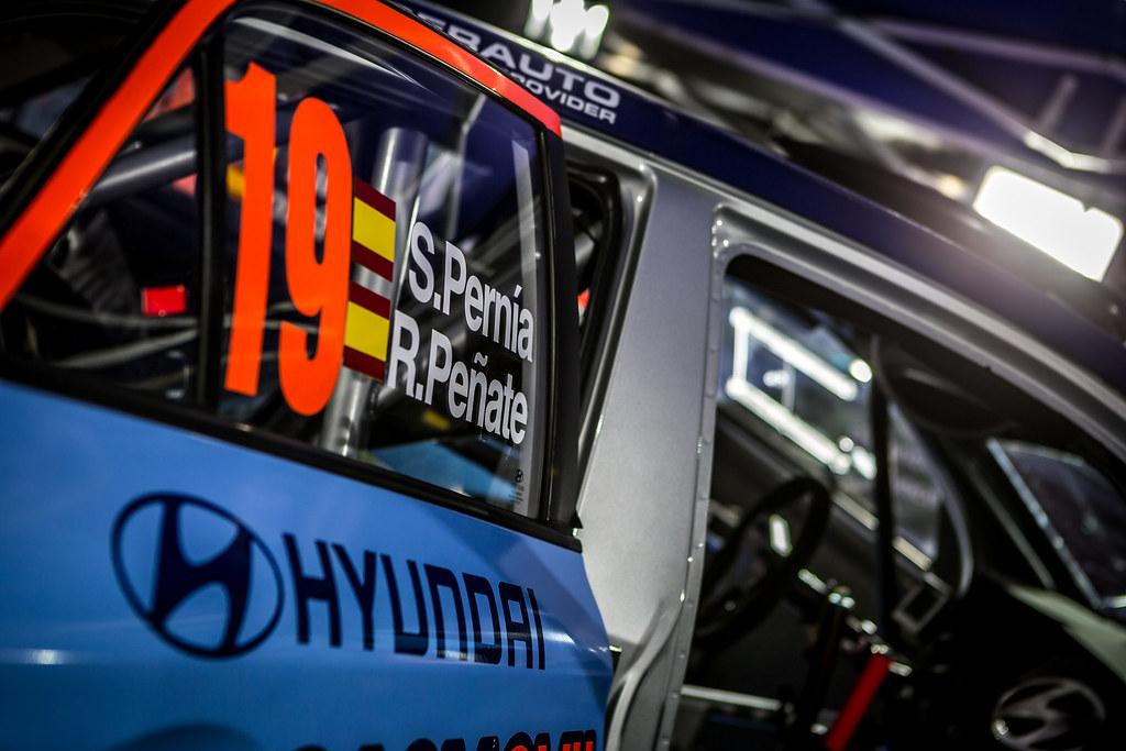 19 PERNIA Surhayen, PENATE Rogelio, Hyundai Motor Espana Hyundai i20 R5, ambiance during the 2018 European Rally Championship ERC Rally Islas Canarias, El Corte Inglés,  from May 3 to 5, at Las Palmas, Spain - Photo Thomas Fenetre / DPPI