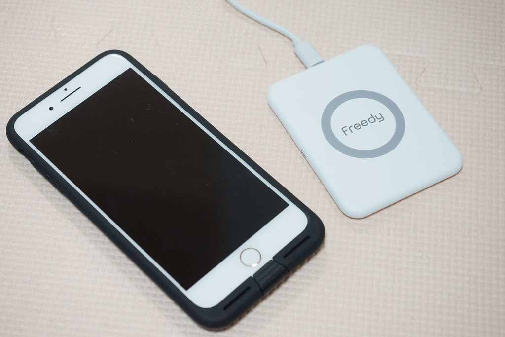 aircharge_iPhone_case-20