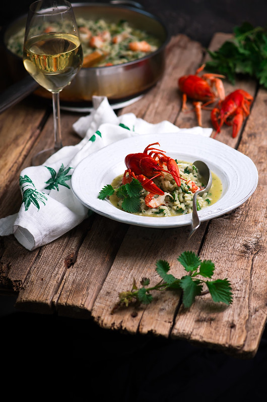 risotto with nettles and crayfish.style rustic.