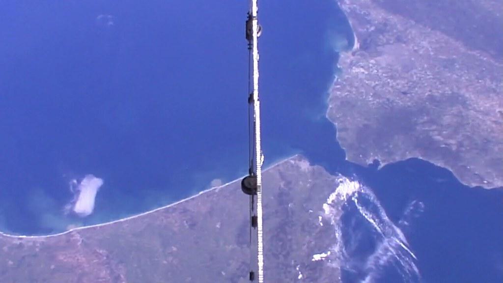 Observation de la Terre depuis l'espace - Page 12 40236103830_58e3eb7ed7_b