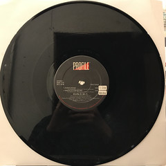 RUN-D.M.C.:RUN'S HOUSE(RECORD SIDE-A)