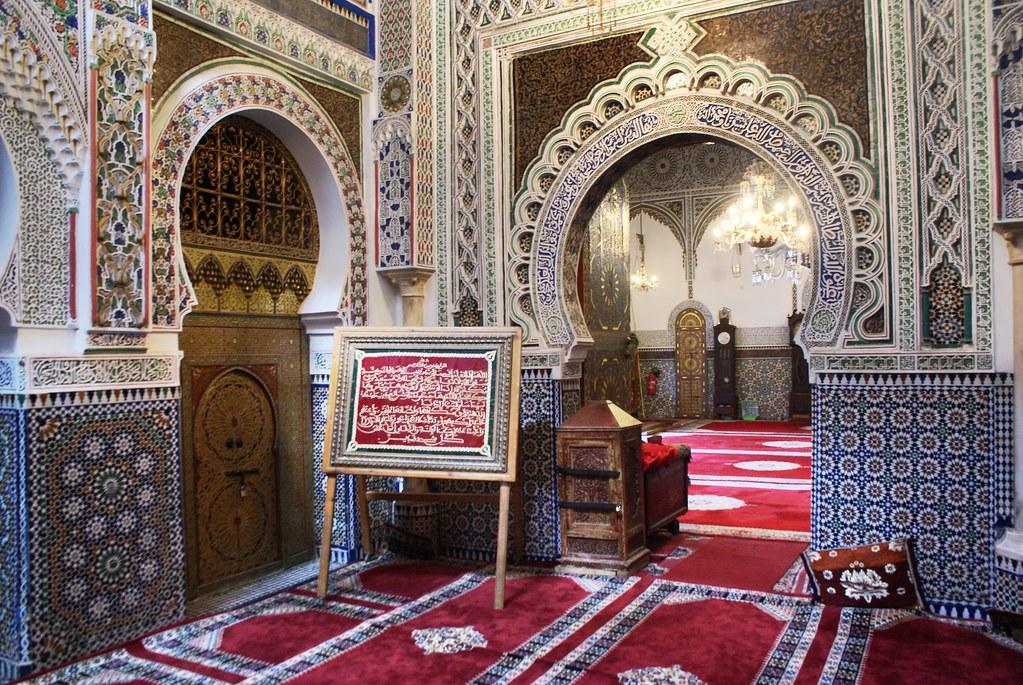 Le sanctuaire de Moulay Idriss se trouve dans le coeur de la Médina de Fès.